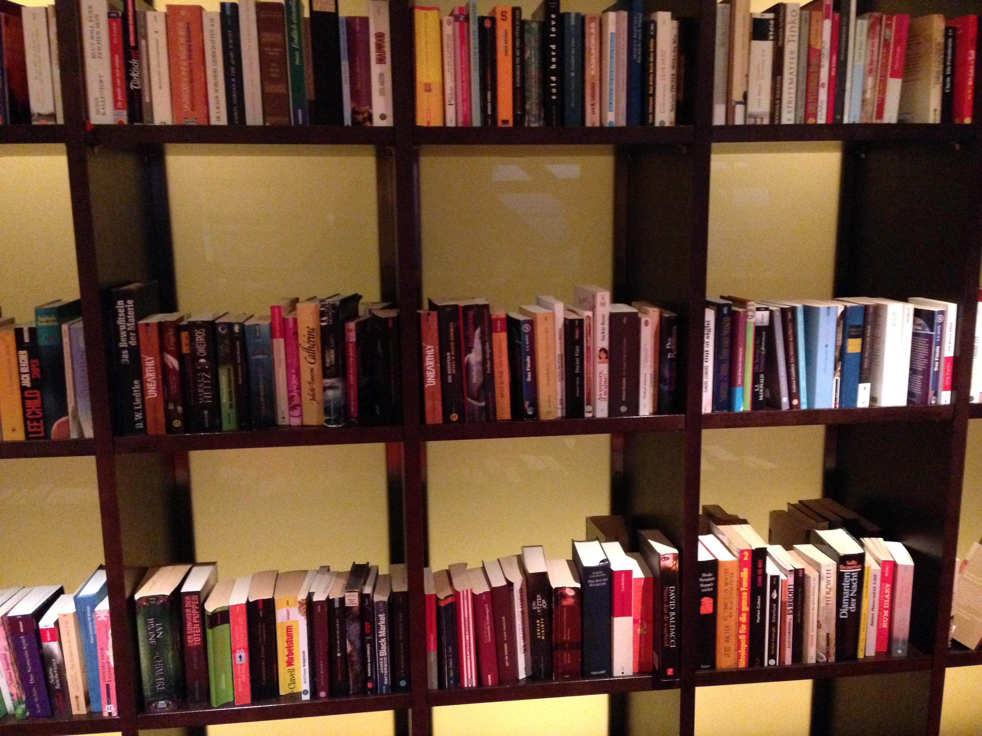 Bücher auf der AIDA